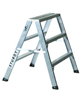 STURDY LADDER 130 SERIES  inchMUSTANG inch ALUMINUM SAWHORSE